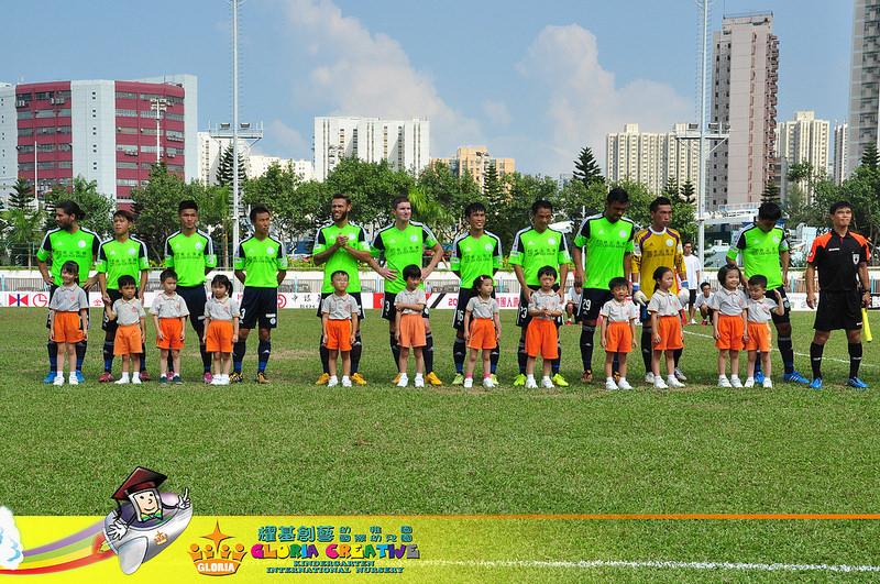Photo of 【花絮】本園學生參與香港超級聯賽開球禮