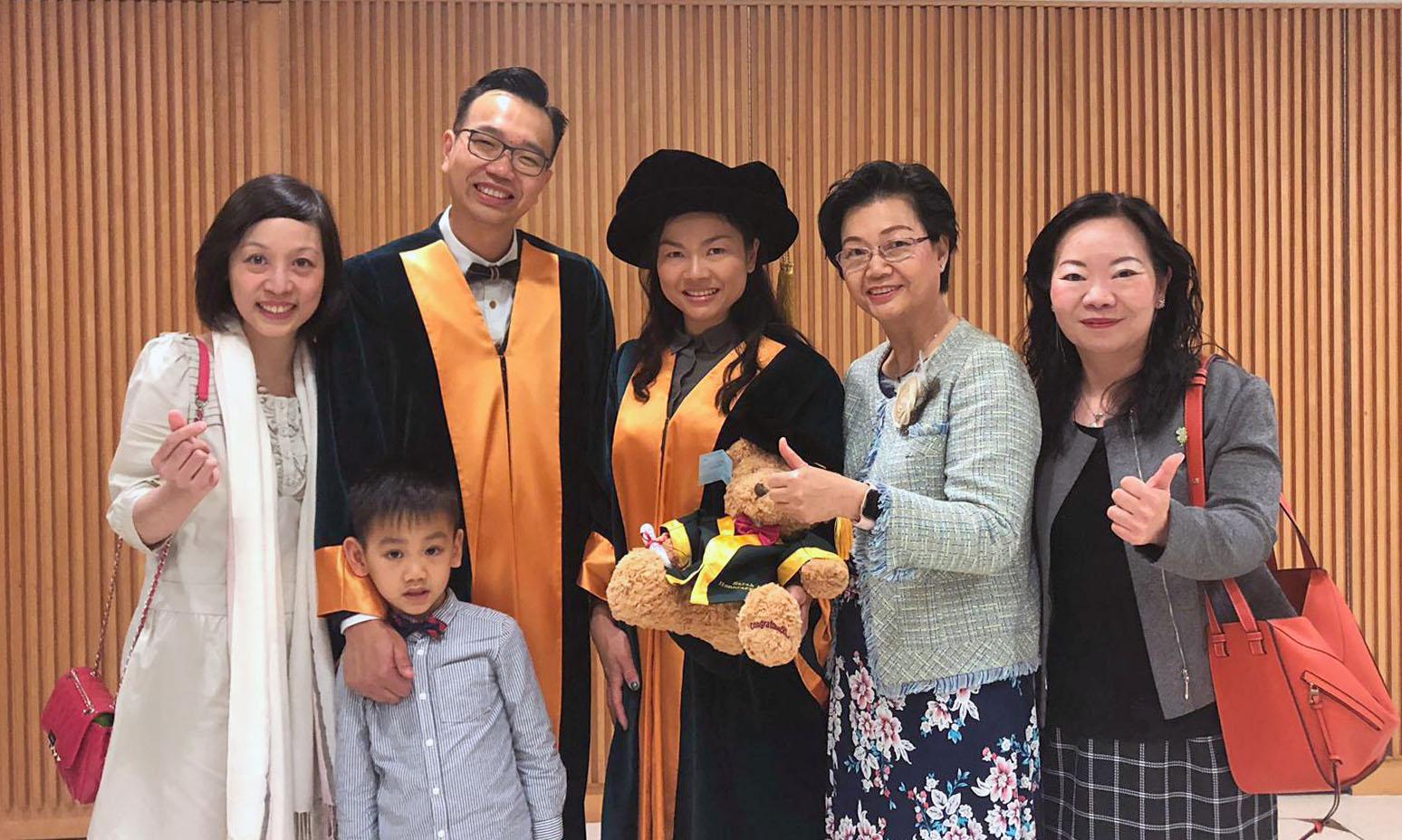 Photo of 恭賀本園顧問獲頒香港教育大學榮譽院士2019